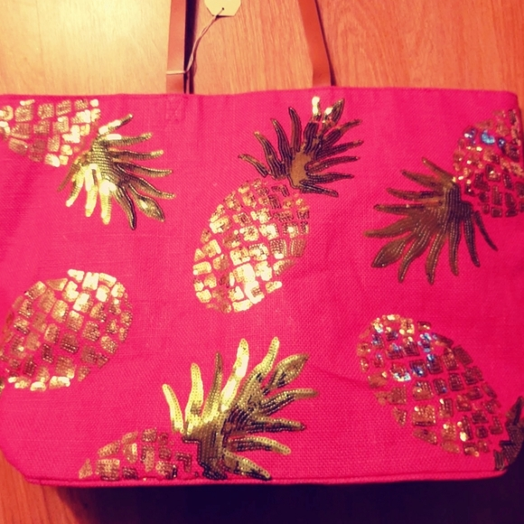 Mud Pie Handbags - NWT MUDPIE SEQUIN PINEAPPLE TOTE